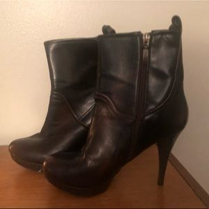 Guess Boots - Size 8 1/2